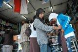 Disdik Yogyakarta melarang sekolah wajibkan siswa beli seragam