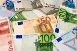 Dolar Amerika melemah ketika euro naik didorong proposal dana pemulihan UE