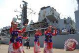 Kapal perang AL Inggris HMS Richmond berkunjung ke Indonesia