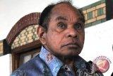 Freddy Numberi: Persoalan kekerasan Floyd berbeda dengan Papua