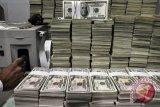 Dolar AS naik tipis usai Fed cabut keringanan syarat modal bank