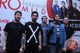 Band Inggris bawakan 16 lagu