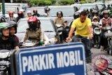 Kepadatan jalan Yogyakarta dekati titik jenuh