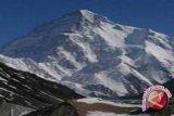 Pendaki Malaysia tewas saat coba taklukkan Everest