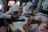 Wabup:  sekolah tidak menahan ijazah siswa miskin