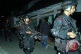 Densus tangkap dua terduaga teroris di Poso