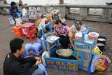 Pedagang di kawasan Kambang Iwak ditertibkan