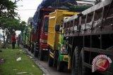 Ribuan truk terhalang macet di Bakauheni