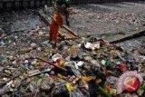 365.000 ton sampah dibuang di perairan Kepri