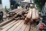 UPP Baubau pastikan kayu masuk pelabuhan miliki dokumen