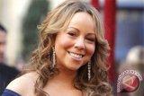 Pihak penyelenggara berupaya Mariah Carey dapat berinteraksi dengan penonton