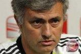 Mourinho akan Istirahatkan Rooney Saat Lawan Zorya