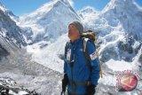 Pria Jepang berumur 80 tahun capai  Everest