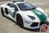 Inilah Polisi yang Bertugas Dengan Ferrari
