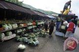 Desa-desa penyangga Taman Nasional Kelimutu Ende