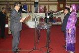 Muh.Basri Dan Mudjiati Dilantik PAW DPRD Sultra