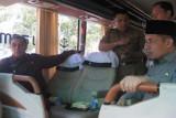 Wali Kota Ujicoba Pengoperasian Dua Bus Antarkota