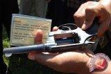Polisi Sita Pistol Replika Saat Razia Preman