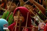 Bandung gelar Angklung Pride 2013