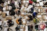 Penyortir surat suara kecewa pembayaran tak sesuai