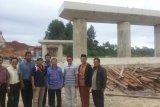 Bupati Padangpariaman Tinjau Pembangunan Jembatan di Sikabu