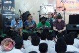 Kedutaan AS Tampilkan Hip Hop di Pesantren Immim