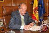 Mantan Raja Spanyol Juan Carlos tinggalkan negaranya saat dugaan korupsi mengemuka