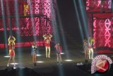 2NE1 Tampil Energik Dalam Konser Di Jakarta