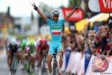 Nibali menuju gelar juara Tour de France