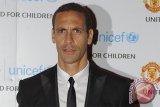 Ferdinand sodorkan resep untuk  Manchester United