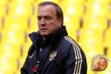 Dick Advocaat jadi pelatih baru timnas Irak