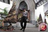 Polda kerahkan 1.237 personel jaga Natal-Tahun Baru