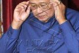 SBY Sampaikan Duka Cita Buat Een Sukaesih