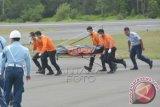 Enam korban ditemukan di badan pesawat AirAsia