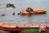Pencarian korban belasan kapal tenggelam di perairan Kalbar diperpanjang