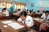 Kemdikbud: UN buat ukur kompetensi siswa