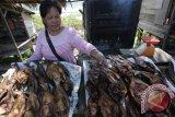 Pedagang Ikan Salai