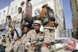Serangan  Al Houthi Yaman tewaskan 60 personel militer