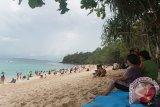 Pantai Pal Likupang Tak Pernah Sepi Pengunjung