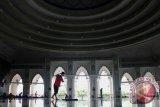 Wawali Makassar luncurkan gerakan bersih 1001 masjid