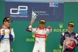 Rio Haryanto Berhasil Kumandangkan Indonesia Raya Di Silverstone Inggris