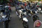 Pedagang motor bekas 'banting harga' akibat penjualan sepi saat Corona