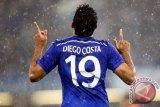 Diego Costa dilarikan ke RS akibat cedera tulang rusuk
