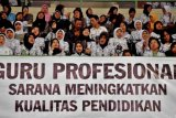 Guru Mapel Bahasa Indonesai Terbitkan Antologi Cerpen