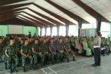 Polisi sosialisasi operasi zebra kepada prajurit TNI