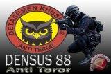 Densus 88 Antiteror  grebek rumah terduga teroris di Cengkareng