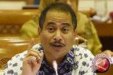 Menpar meminta pemda di Yogyakarta dan Jateng percepat izin investasi