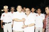 Ketua Umum Partai Gerindra, Prabowo Subianto memberi ucapan selamat kepada  Ade Dasep Zainal Abidin (Pendiri sekaligus Pembina Baldatun Center) setelah ditunjuknya Baldatun Center sebagai inovator Koperasi Garudayaksa Nusantara (KGN) yang pertama di Indonesia. (Foto Humas Baldatun Center).