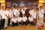 Foto bersama pengurus Baldatun Center dengan pimpinan dan pengurus Koperasi Garudayaksa Nusantara (KGN) Pusat. (Foto Humas Baldatun Center).