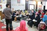 FTI UMI-ITS Surabaya programkan